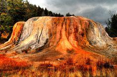 Wyoming, yellowstone mammoth hot springs