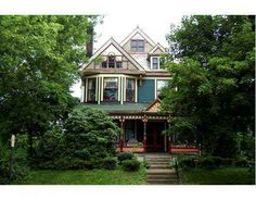 1899 Queen Anne – New Castle, PA – $69,900