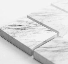 Notizblock in Marmor- oder Holz-Design. Hier entdecken und shoppen: http://sturbock.me/ntH