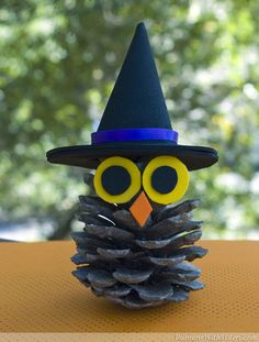 Witchy Pinecone Owl | 25  Halloween crafts for kids