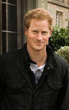 """5 Things You Didn't Know About Prince Harry 5 Things You Didn't Know About Prince Harry 5 Things You Didn't Know About Prince Harry<br> How well do you know Britain's most beloved """"funcle""""? Prince Harry Real Father, Prince Harry Divorce, Prince Harry Hair, Prince Harry Military, Prince Harry Chelsy Davy, Prince Harry Young, Prince Harry And Kate, Prince Harry Wedding, Harry And Meghan Wedding"""
