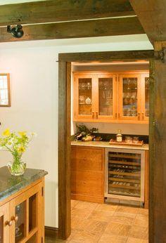 Shaker cherry rustic kitchen bar area