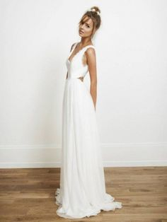 21 Unconventional Wedding Dresses You'll Want To Wear Again | Weddingomania