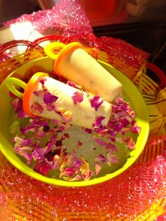 Veg Indian Cooking: Gulkand Kulfi HOW TO MAKE GULKAND KULFI | GULKAND MALAI KULFI RECIPE WITH CONDENSED MILK AND GULKAND    Gulkand Kulfi is a summer special frozen Indian dessert made from thickened milk, Gulkand and Condensed Milk. Gulkand Kulfi is purely sinfully divine dish during summers and is an excellent treat for children and grownups.