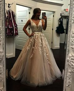 Dress champagne Champagne Lace Embroidery Tulle V-neck Floor Length Prom Dresses Ivory Lace Embroidery Champagne Tulle Prom Dresses Ball Gowns 2018 Elegant Quinceanera Dresses Lace Prom Gown, V Neck Prom Dresses, Grad Dresses, Quinceanera Dresses, Ball Dresses, Wedding Party Dresses, Homecoming Dresses, Sexy Dresses, Evening Dresses