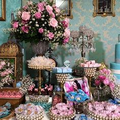 Элитные свадьбы, торты,, пирожные , Кенди бар. Идеи оформления Кенди бара , тортов и пирожных. Все права на фото и видео принадлежат их владельцам!