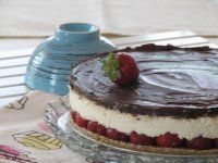 Epres-túrós-csokis torta sütés nélkül.