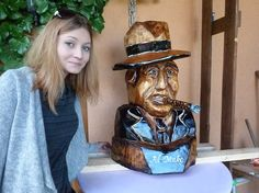Wood carving al maco from woodcarving.sk