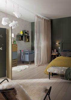 Créer une chambre de bébé provisoire avec un voilage. #rideaux #chambre