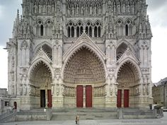 Amiens, Cathédrale Notre-Dame http://mappinggothic.org/building/1063