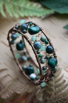 Wire wrapped bracelet with malachite