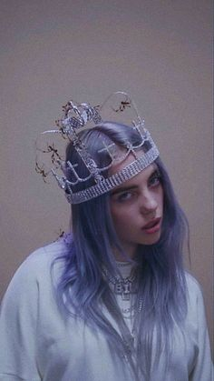 daebakah — billie eilish - you should see me in a crown edit daebakah — billie eilish - you should see me in a crown edit,Amazing daebakah — billie eilish - you should see me in a crown edit grande celebrities eilish watson gomez Billie Eilish, Pretty People, Beautiful People, Picture Wall, Photo Wall, Hipster Vintage, Album Cover, Aesthetic Pictures, Crown Aesthetic
