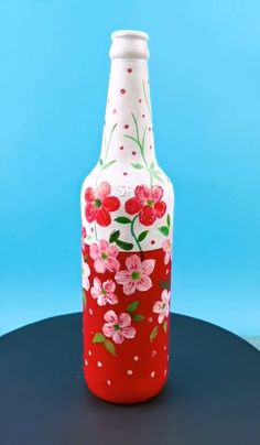 Painted Glass Bottles, Glass Bottle Crafts, Diy Bottle, Bottle Art, Cool Paper Crafts, Fun Diy Crafts, Bottle Painting, Quilling Craft, Diy Crafts