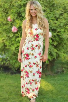 NanaMacs Boutique - Vintage Tea Rose Halter Style Maxi Dress, $33.00 (http://www.nanamacs.com/vintage-tea-rose-halter-style-maxi-dress/)