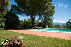 Take your time, relax by the pool. Sogno Verde B&B