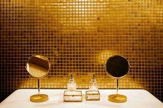 Gorgeous toilets,  Prague Ladies Club