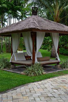 75 Cozy Backyard Gazebo Design Ideas - All For Garden Cozy Backyard, Backyard Gazebo, Backyard Landscaping, Landscaping Ideas, Backyard Cabana, Beach Patio, Beach Cabana, Garden Gazebo, Garden Beds