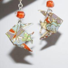 Boucles d'oreilles en origami en forme de poisons multicolores pâle : Boucles d'oreille par mellerouge