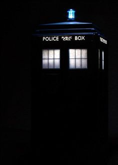 Doctor Who iPhone 5 Wallpaper - The Whovian Life ❤️❤️ - I Am The Doctor, Doctor Who Fan Art, Doctor Who Quotes, Doctor Who Tardis, Eleventh Doctor, The Tardis, Tardis Wallpaper, Doctor Who Wallpaper, Geronimo