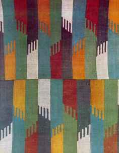Enjoy the coloration :-) Old Rug from Muntenia, Romania Textile Patterns, Textile Design, Print Patterns, Weaving Textiles, Tapestry Weaving, Traditional Art, Surface Design, Fiber Art, Lana
