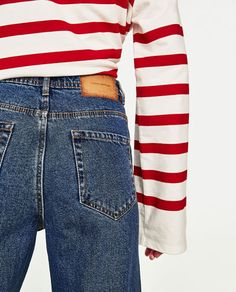 Image 6 of DISTRESSED HIGH-RISE MOM FIT JEANS from Zara