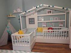 Floor bed idea Floor bed idea The post Floor bed idea appeared first on Toddlers Diy. Baby Bedroom, Baby Room Decor, Girls Bedroom, Toddler Floor Bed, Toddler Rooms, Diy Toddler Bed Pallet, Big Girl Rooms, Baby Boy Rooms, Room Baby