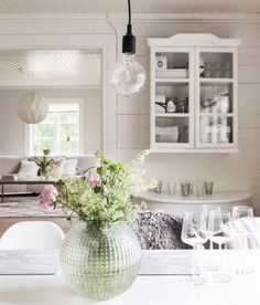 wooden cottage redecorated in white Interior design diary White Interior Design, Interior Design Living Room, Interior And Exterior, Interior Decorating, Wooden Cottage, Swedish Cottage, Salvaged Furniture, Charming House, Cottage Interiors