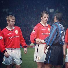 That look from Scholes #Beckham #Simeone #footballshirtcollective