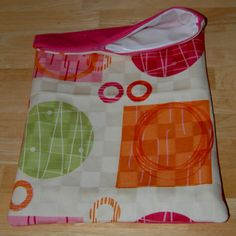 Travel size wet bag. Great for cloth diapers, wet swim suits, dirty baby laundry etc. on the go!