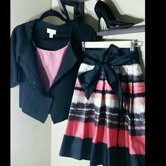 H&M size 4 modern classic skirt. Shell cotton Skirt is lined belt is not attached.   Taupes, black coral, pink and cream. Sweater(s) and shoes (6) also available. H&M Skirts Midi