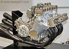 Honda RC174 straight six 300 cc Grand Prix engine