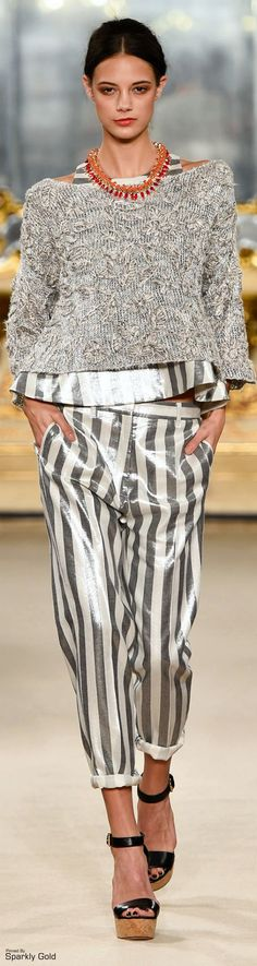 Les Copains ~ Spring Grey + White Vertical Strip Pant w Sweater 2015 Knit Fashion, Grey Fashion, French Fashion, Runway Fashion, Fashion Show, Fashion Design, Ferrat, Haute Couture Fashion, High End Fashion