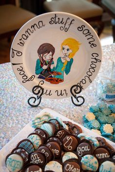 Pin for Later: This Frozen Birthday Party Is Full of Sweet Treats and Magical Surprises