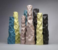 Creative Origami, and Vase image ideas & inspiration on Designspiration Diy Image, Oppa Design, Origami, Geometric Sculpture, Geometric 3d, Geometric Artwork, Vase Design, Paper Vase, Vase Crafts