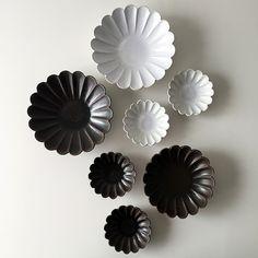 松尾直樹 輪花鉢 Pottery Plates, Ceramic Plates, Porcelain Ceramics, Kitchenware, Tableware, Serveware, Ceramic Tools, Ceramic Coffee Cups, Japanese Dishes