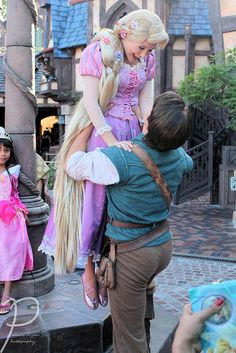 Flynn and Rapunzel Love  <3