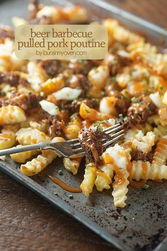 Looking for Fast & Easy Barbecued Recipes, Main Dish Recipes, Pork Recipes, Side Dish Recipes! Recipechart has over free recipes for you to browse. Find more recipes like Beer Barbecue Pulled Pork Poutine. Tailgating Recipes, Barbecue Recipes, Pork Recipes, Cooking Recipes, Potato Recipes, Grilling Recipes, Barbecue Pulled Pork, Pulled Pork Sides, Snacks