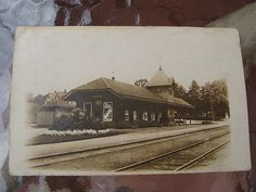 VINTAGE-REAL-PHOTO-POSTCARD-RPPC-CLOSTER-NEW-JERSEY-NJ-TRAIN-STATION-c1910