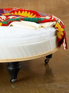 Do It Yourself Ottoman I've wanted to make a round upholstered ottoman for a long time. Here's the how to:<br> Make a custom ottoman for your home with these step-by-step instructions. Diy Ottoman, Round Ottoman, Upholstered Ottoman, Ottoman Design, Coffee Table Ottoman Diy, Coffee Tables, Furniture Styles, Furniture Projects, Furniture Makeover