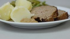 gehaktbrood met boontjes en aardappelen