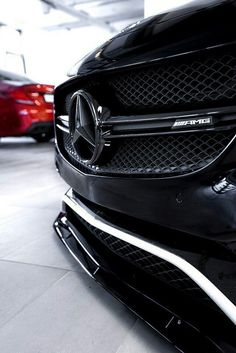 Daimler's mega brand Maybach was under Mercedes-Benz cars division until when the production stopped due to poor sales volumes. Mercedes-AMG became a Luxury Car Logos, New Luxury Cars, Carros Lamborghini, Ferrari F40, Mercedes Benz Amg, Amg Logo, Mercedes Benz Wallpaper, Audi S5, Luxury Sports Cars
