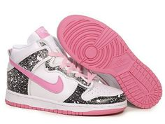 Google Image Result for http://www.niketrainers.ws/trainers-image/nike-shoes/nike-high-tops/nike-high-tops-dunk-womens-black-hotpink-white.jpg