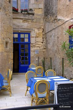 A little out of the way cafe in Saint-Emilion, France     ᘡղbᘠ