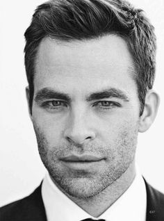 that smolder....yes, Chris Pine, I WILL marry you.