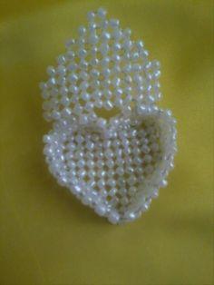 Шкатулка-сердце из бусин или бисера. Бисероплетение