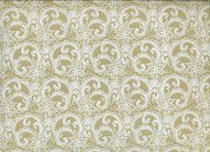 Papier indien, impression ramage blanc sur fond lin. Motif raffiné et élégant, évoque la délicatesse de la dentelle.  Disponible dans l'un de nos 31 magasins L'Éclat de verre ou sur notre site web http://shop.eclatdeverre.com/PAPIER_ANGELINA_NATUREL_BLANC-P4630 #eclatdeverre #papier #papierindien #dentelle #motifs