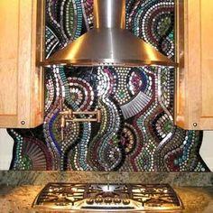 необычная мозаика на кухне