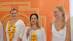 Meditation Teacher Training, Yoga Teacher Training Course, Full Moon Meditation, Yoga Meditation, Train Group, Goa India, Learning Courses, Meditation Techniques, Yin Yoga