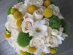 Unique classic spin to a traditional bridal bouquet. www.appleblossom-flowers.com