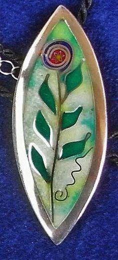 """""""Flower"""", Feinsilber, Cloisonné-Email geschliffen, ca 2 x 4 cm"""
